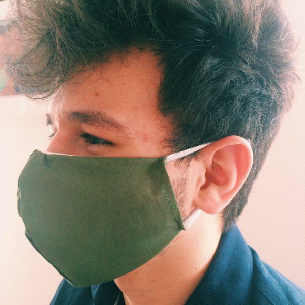 Masque en tissu vert militaire